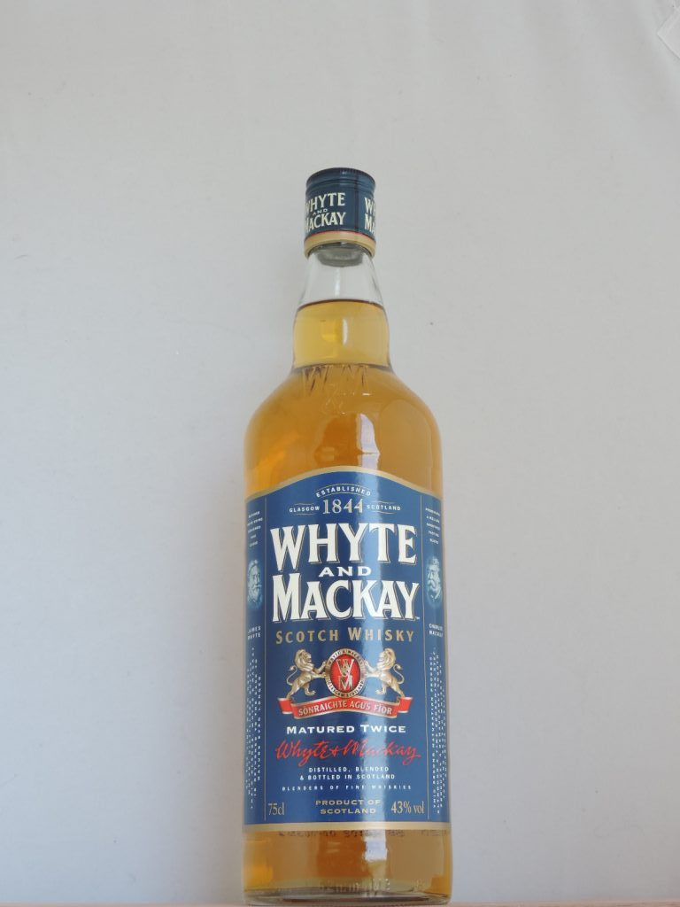 whyte and mackay old bottle