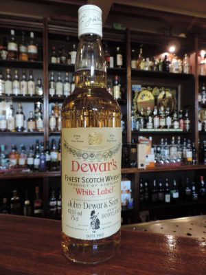 dewars white label old bottle